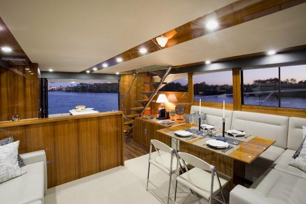 Maritimo M61 Cruising Motoryacht Interior