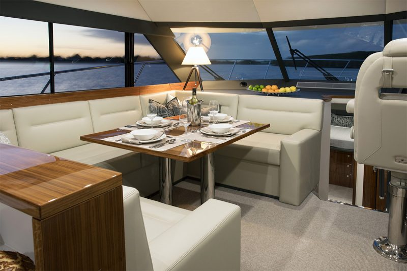 Maritimo_S51_motoryacht